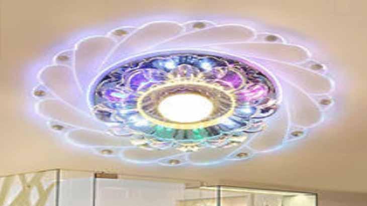 Светодиодный светильник с кристаллами