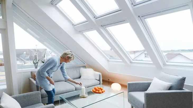 Стекленный наклонный потолок