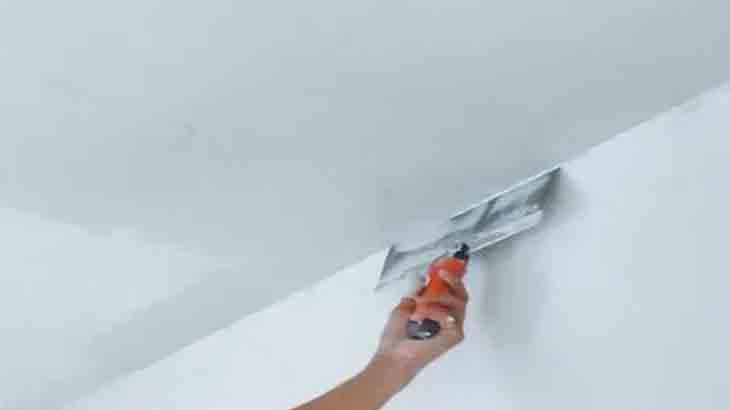 Финишная штукатурка потолка