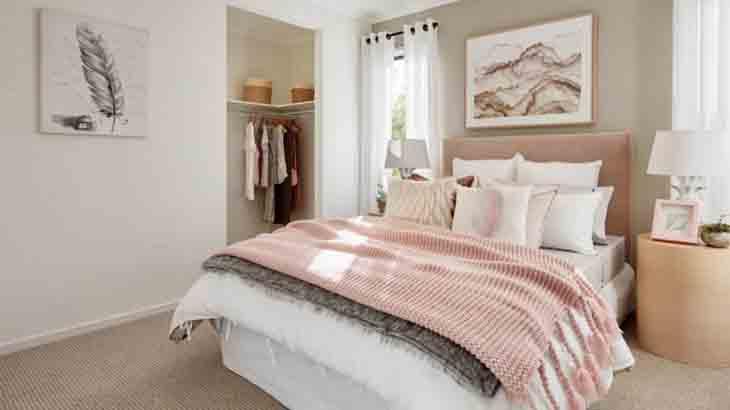 Спальня белого цвета