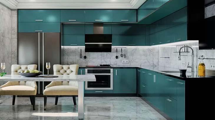 Темно-зеленая маленькая кухня